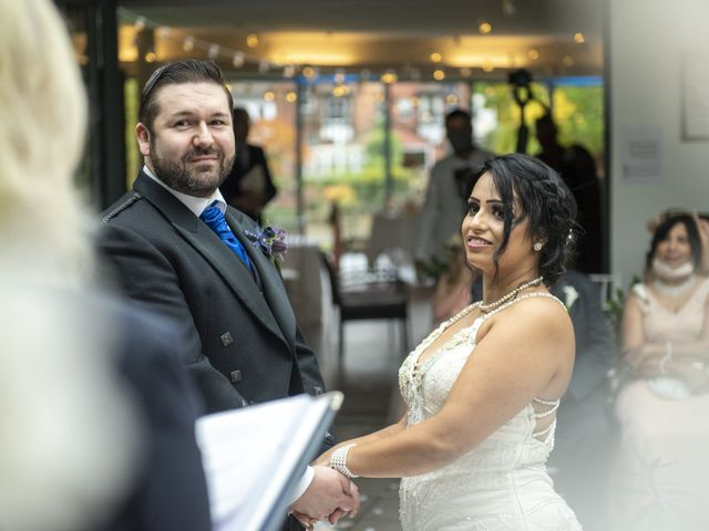Sawita and Ross's Wedding in Leamington Spa, Warwickshire 3