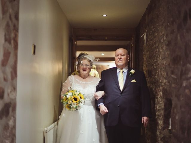 Rachel and Ian's Wedding in Preston, Lancashire 16