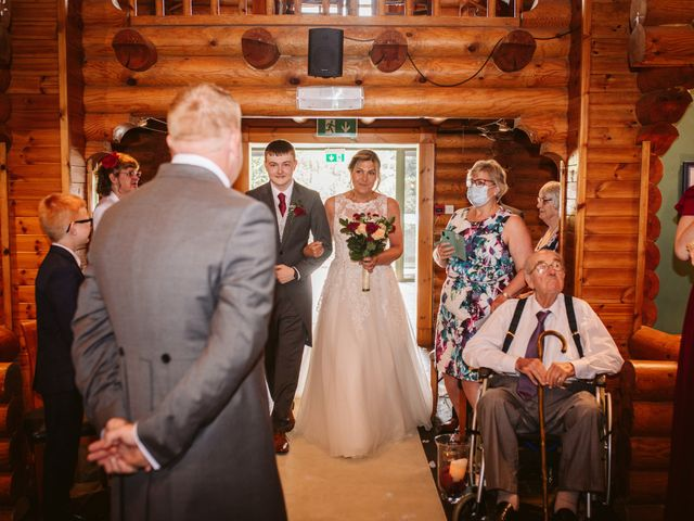 Laura and Duncan's Wedding in Otley, West Yorkshire 5