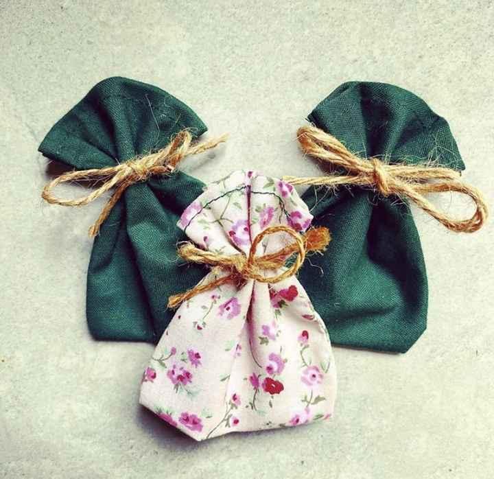 Fabric confetti bags 1