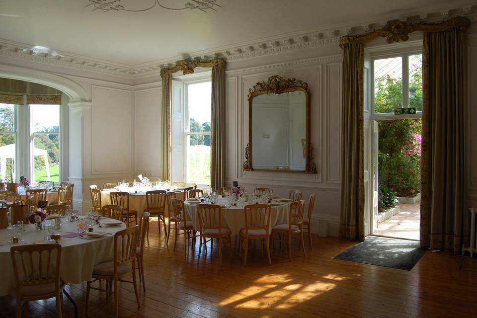 Dining in the drawing room