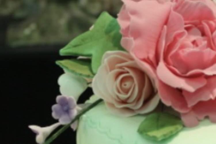 Fantasy frosting cakes
