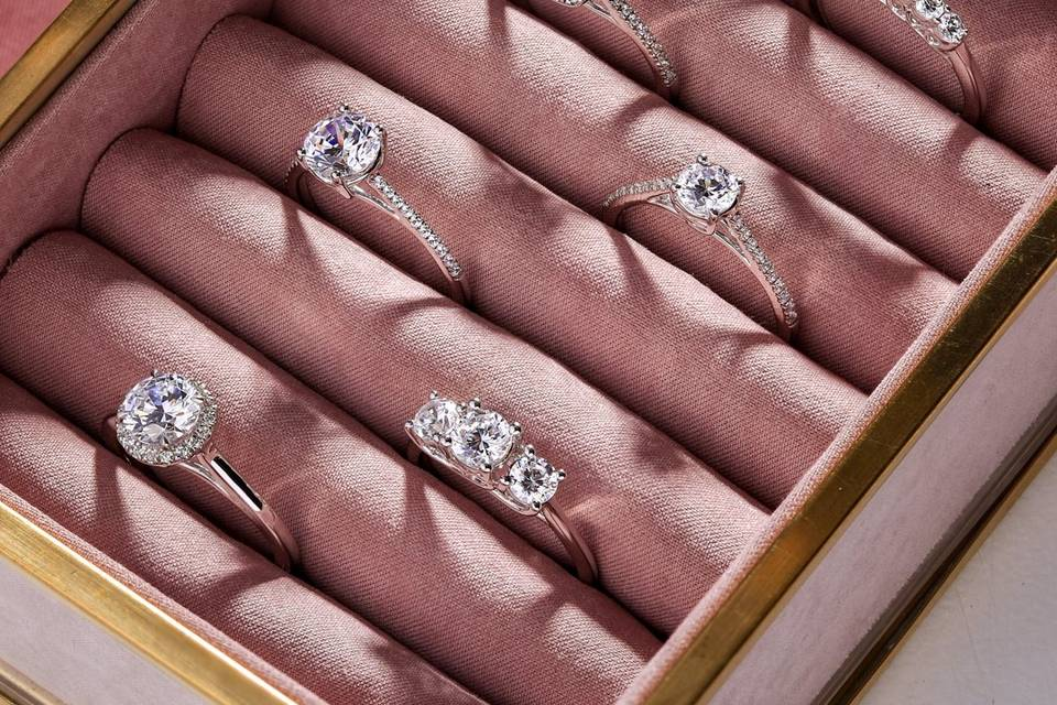 Wide range of engagament rings