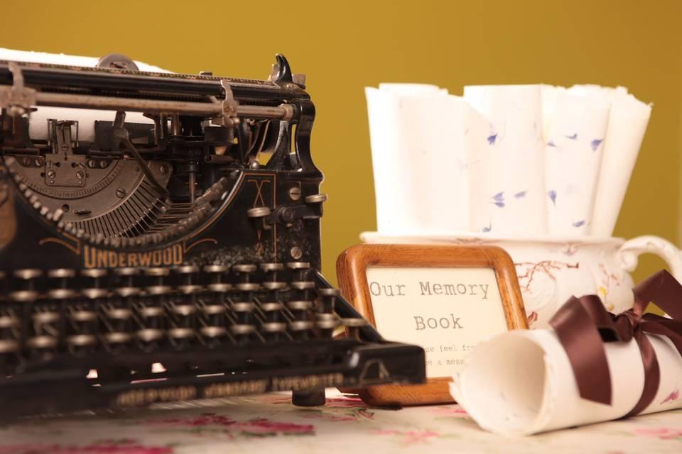 (working) typewriter