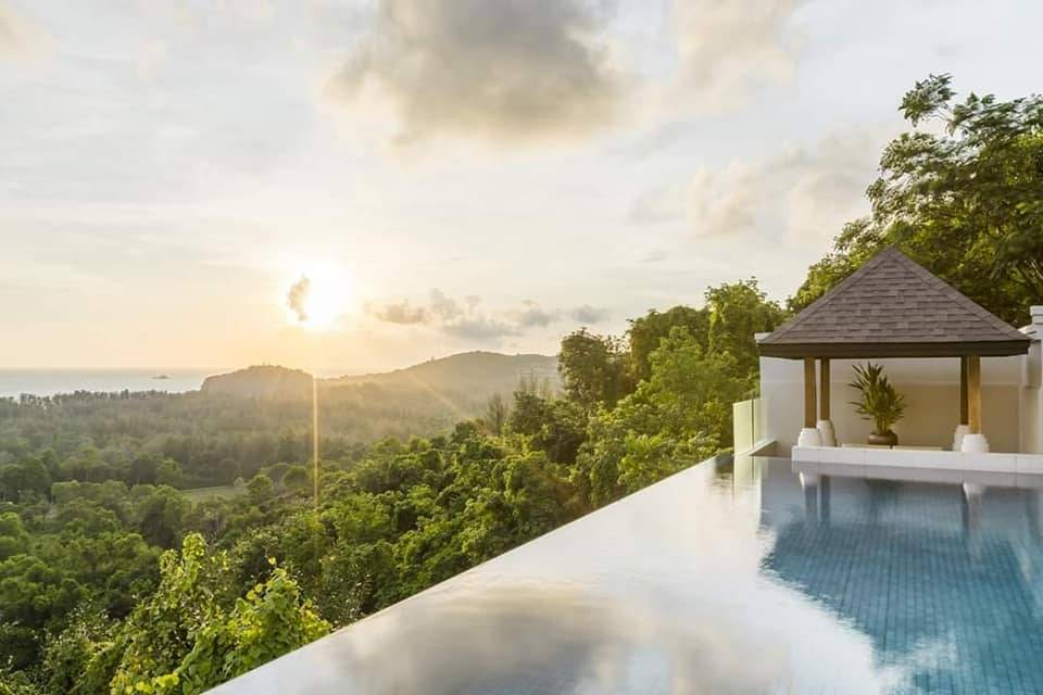 Dale at Luxury Holidays and Honeymoons