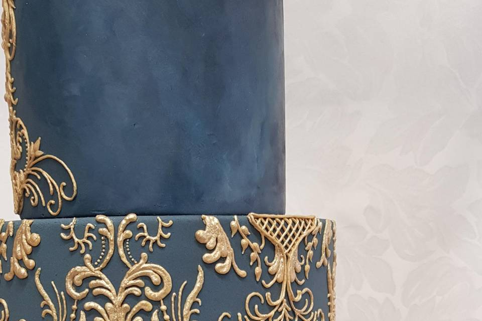 Gold Baroque piping