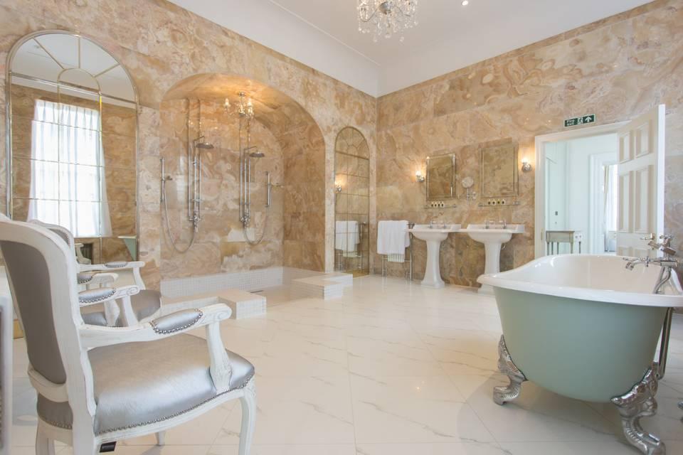 Hedsor House, Bridal Bathroom