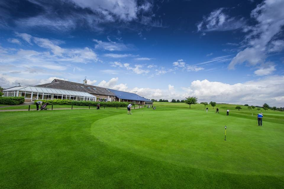 Chesfield Downs Golf & Country Club