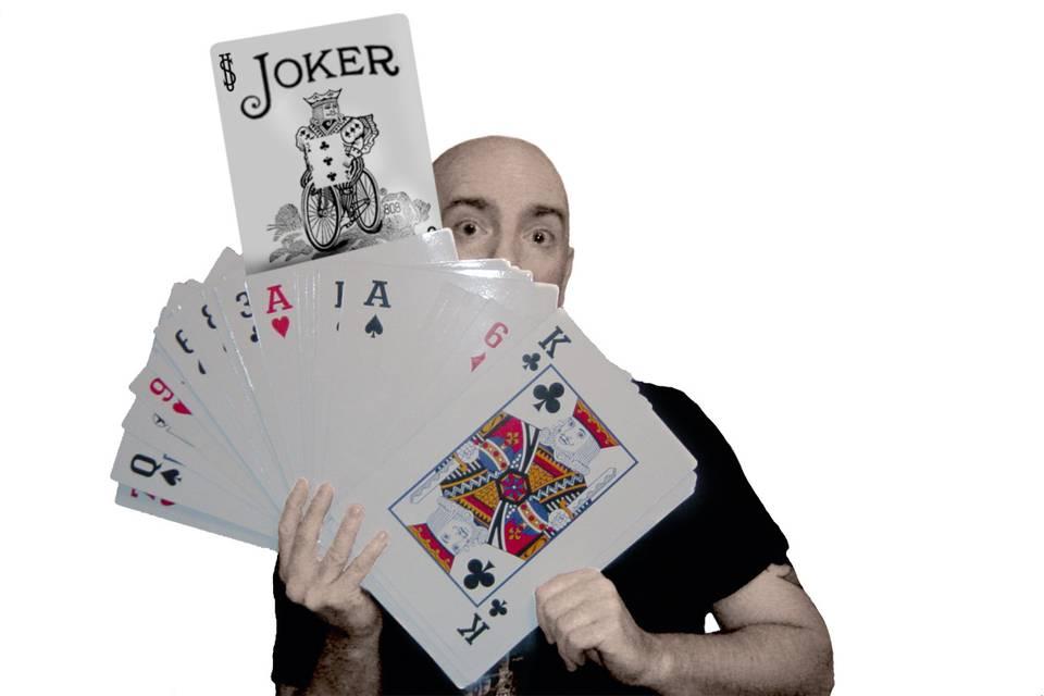 Roddy McGhie Magic - Magician
