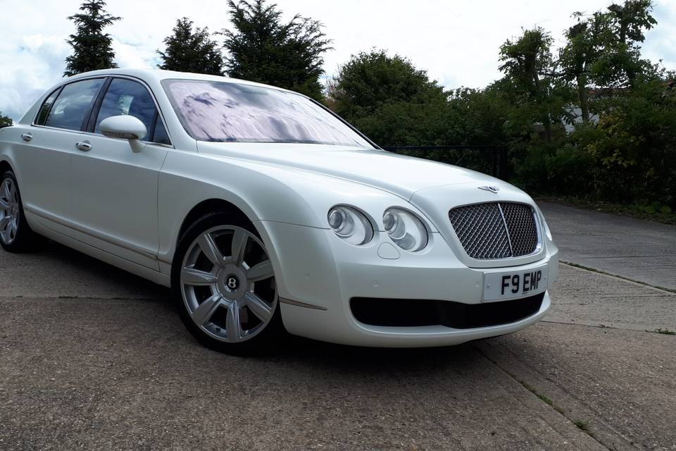 Luxury and Classic Wedding Cars