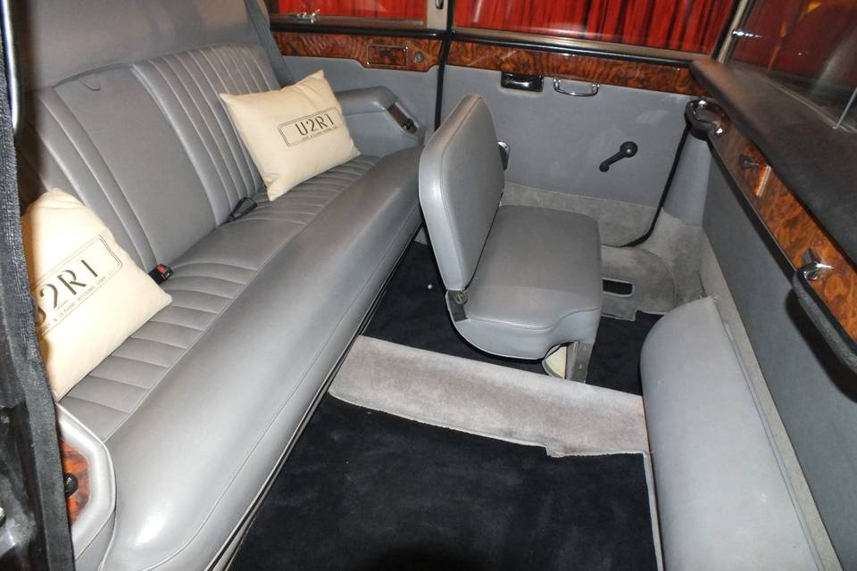 Seating in Daimler DS