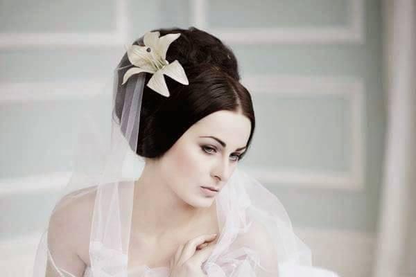 Wedding-style look