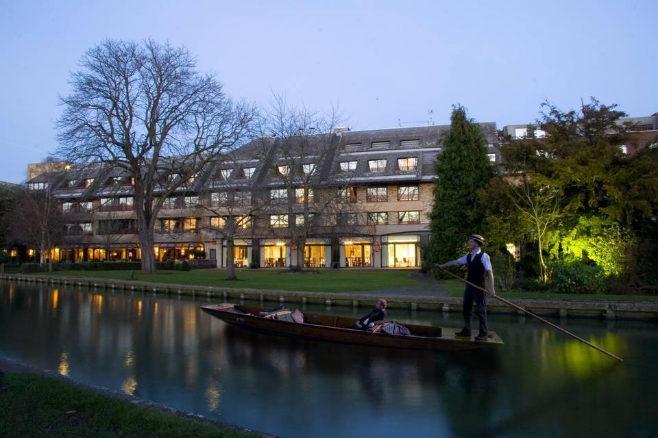 The Doubletree by Hilton Cambridge City Centre 31
