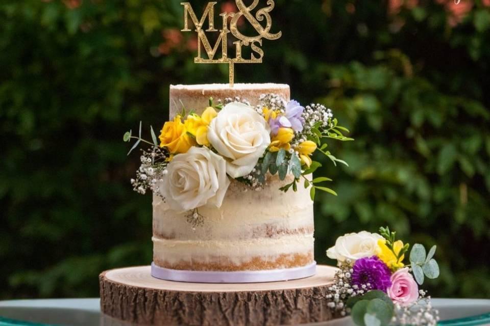 Rustic cake design
