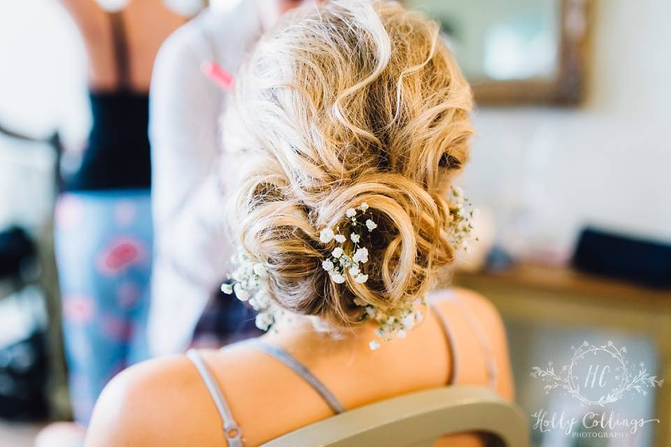 Cornwall Hair Stylist & Makeup Artist