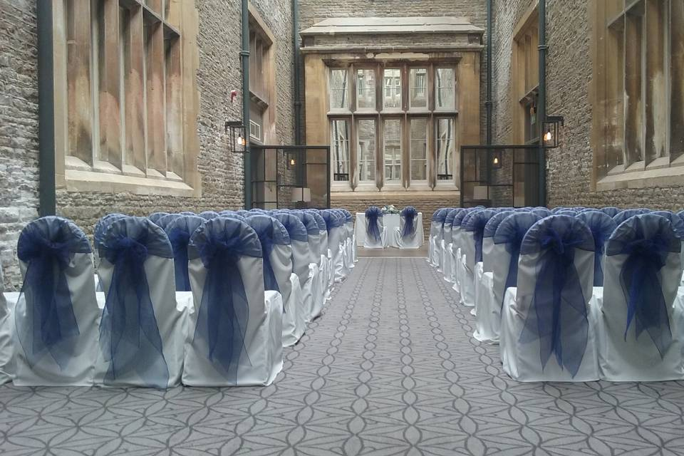 The wedding and event works chairs