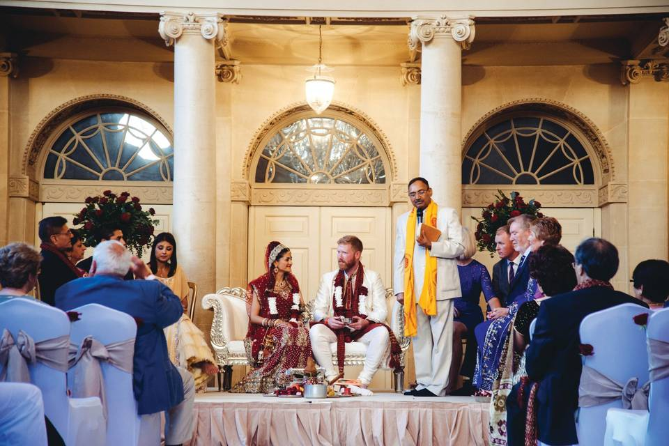 Tea Room wedding ceremony at the Assembly Rooms (Harerra Images)