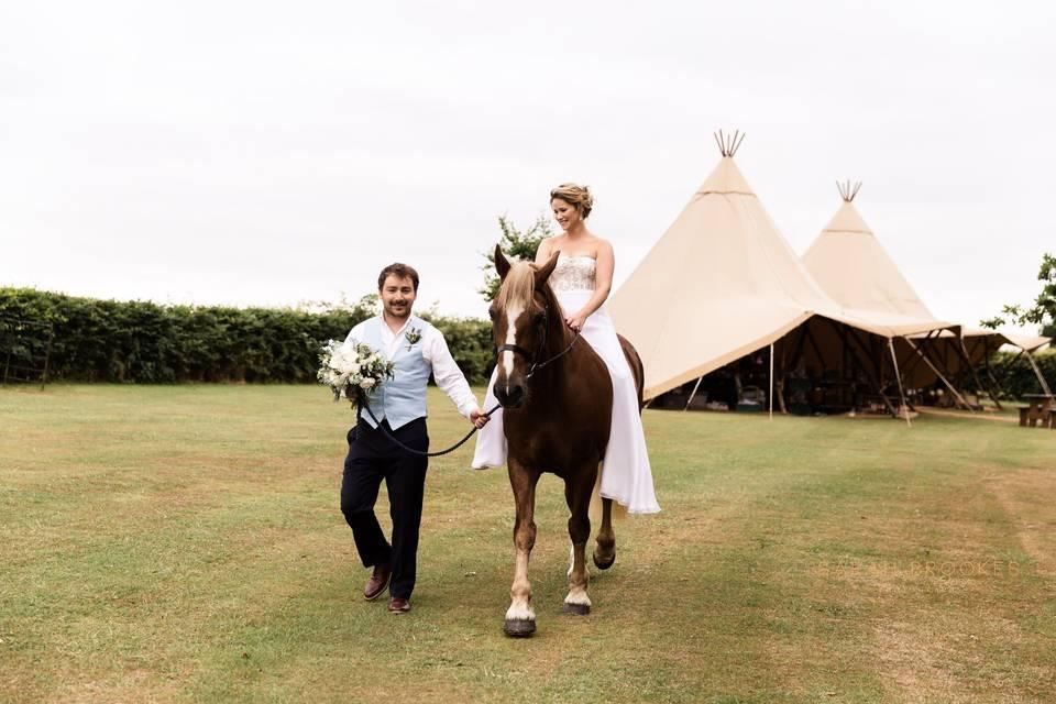 Lattenbury Hill Weddings 40