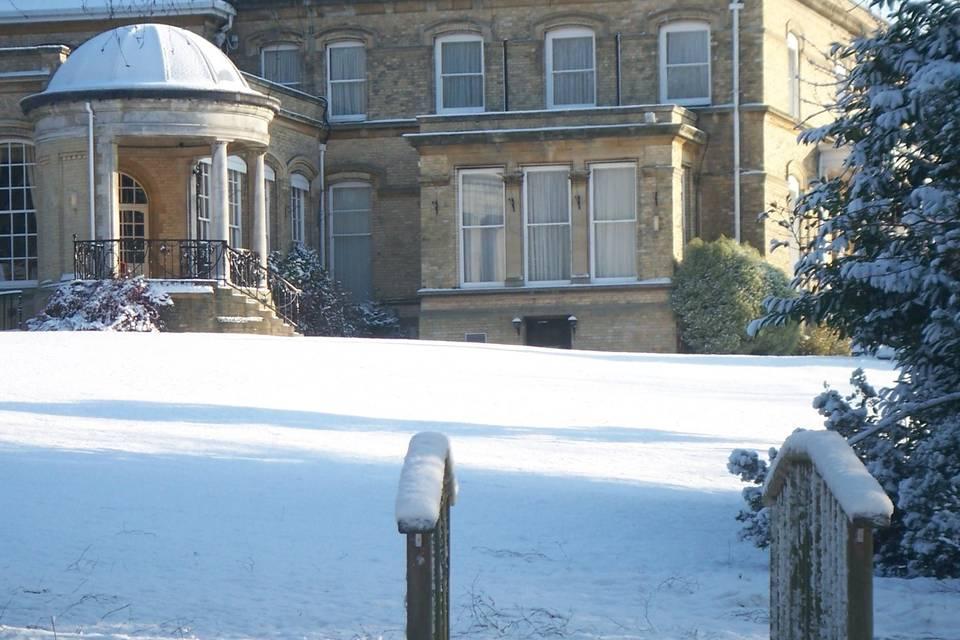 Ponsbourne Park in the snow