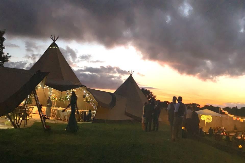 Rustic & Rural Weddings