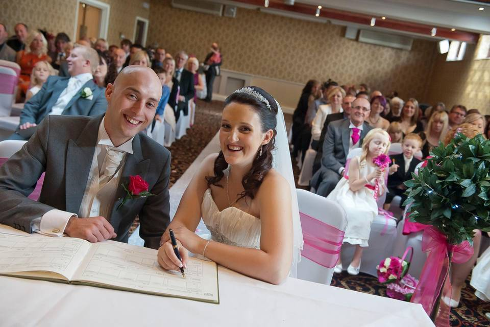 Civil Ceremony in the Cromwell Suite
