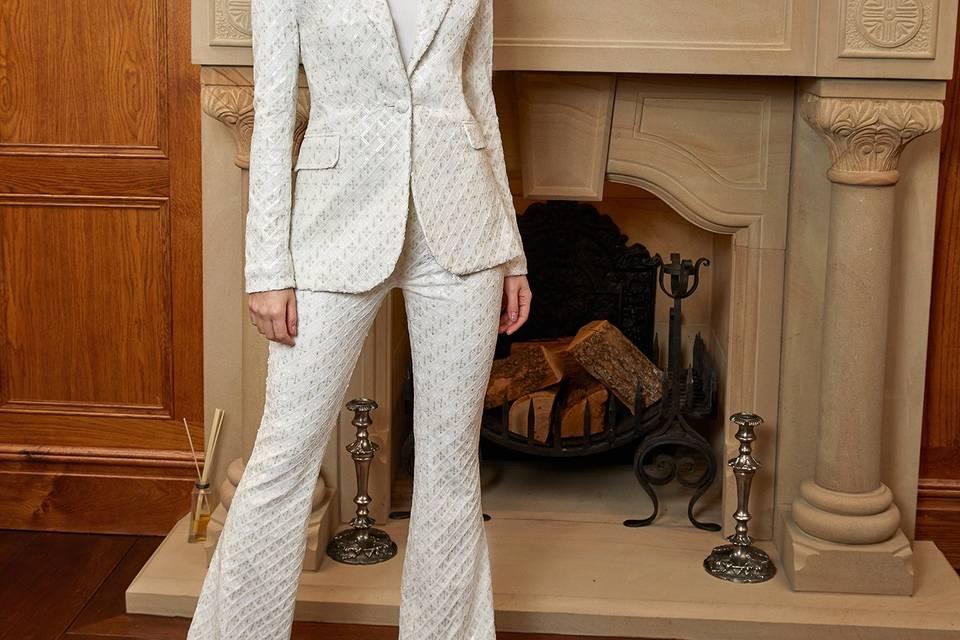 Meghan suit