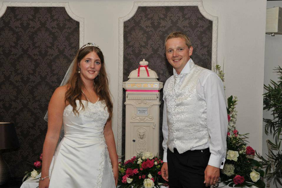 Mr & Mrs Grant Deanwater Hotel