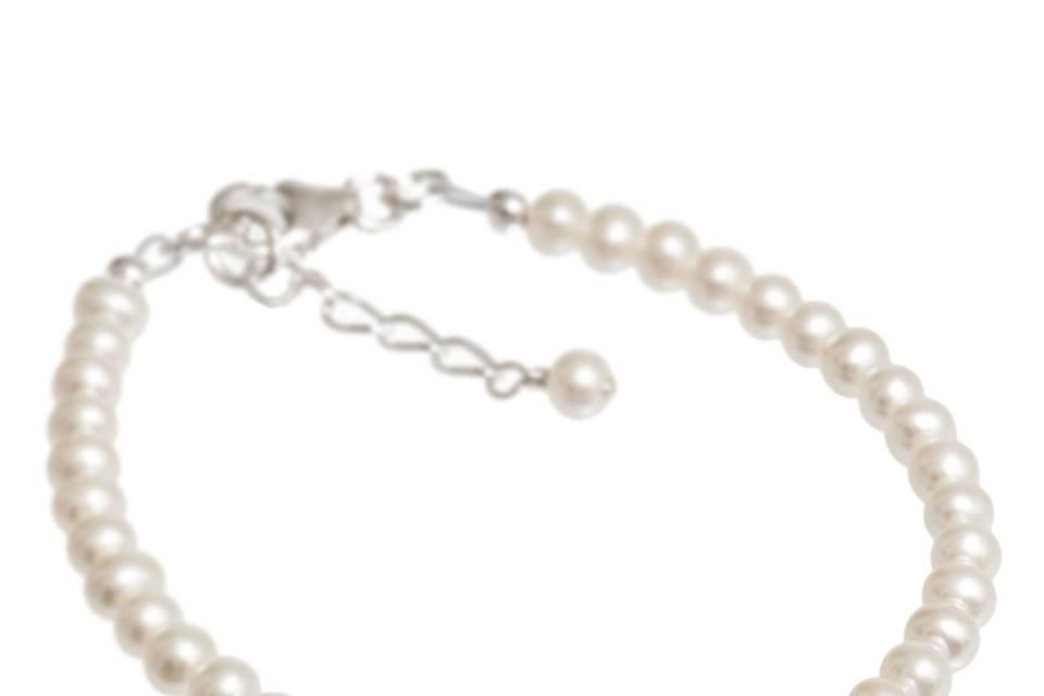 Petite Pearl Bracelet