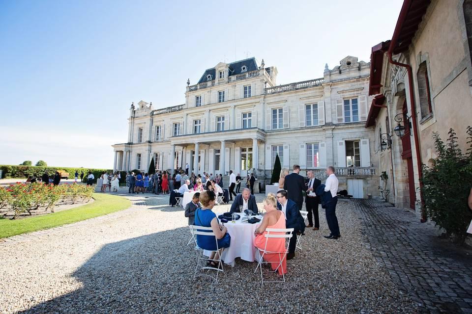 Wedding in a Bordeaux chateau