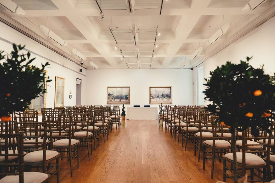 Ceremony in Gallery 16