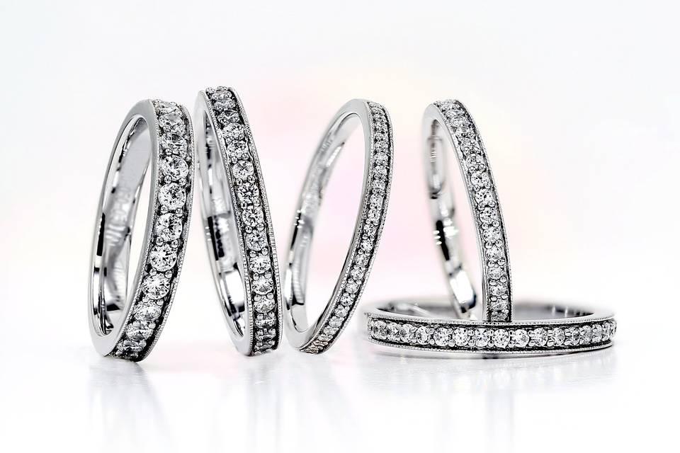 AVA grain set round diamonds