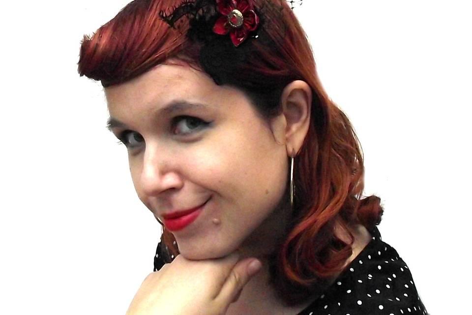 Betty pin-up hair flower