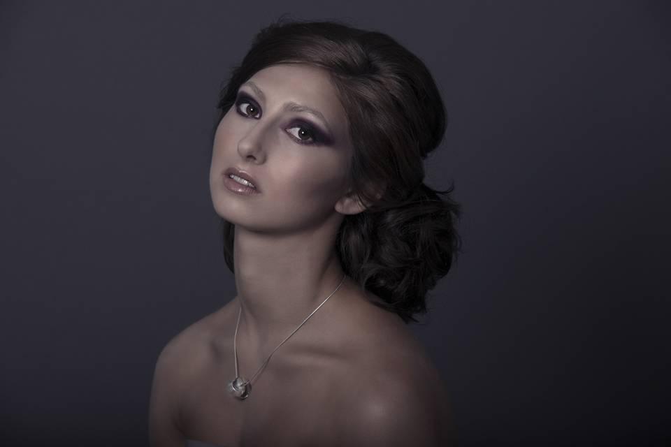 Naomi Emmanuelle Makeup