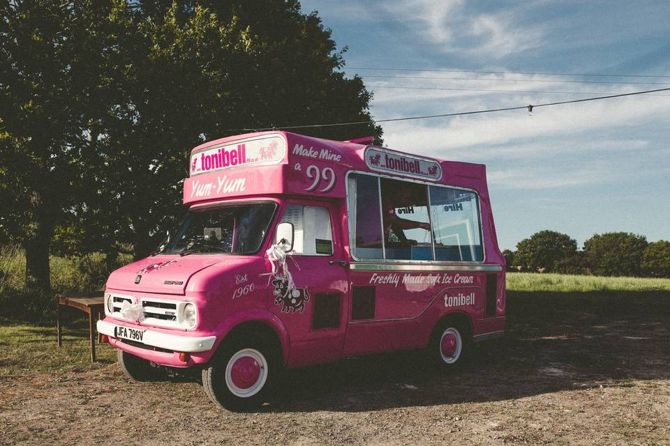 Tonibell 99 - Ice Cream Van