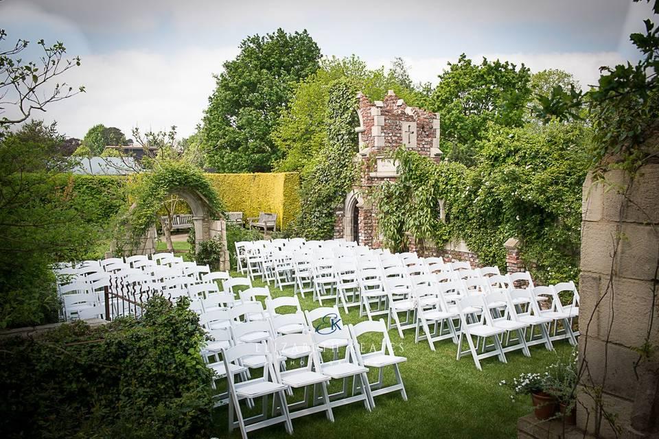 Old Manor House Garden wedding