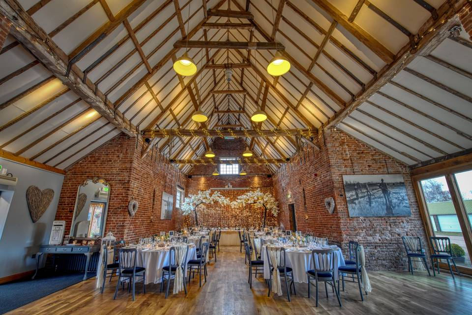 Lincolnshire wedding barn