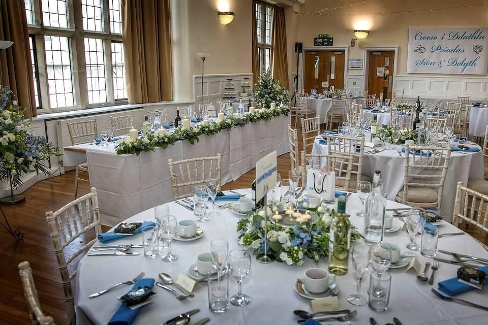 Priodasau Neuadd Hugh Owen Hall Weddings 56