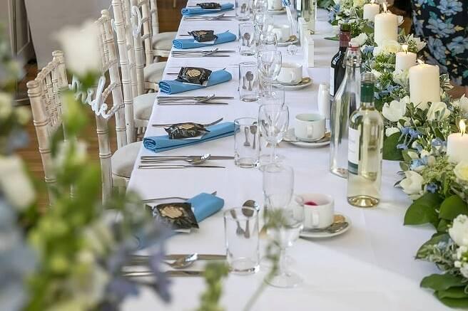 Priodasau Neuadd Hugh Owen Hall Weddings 57