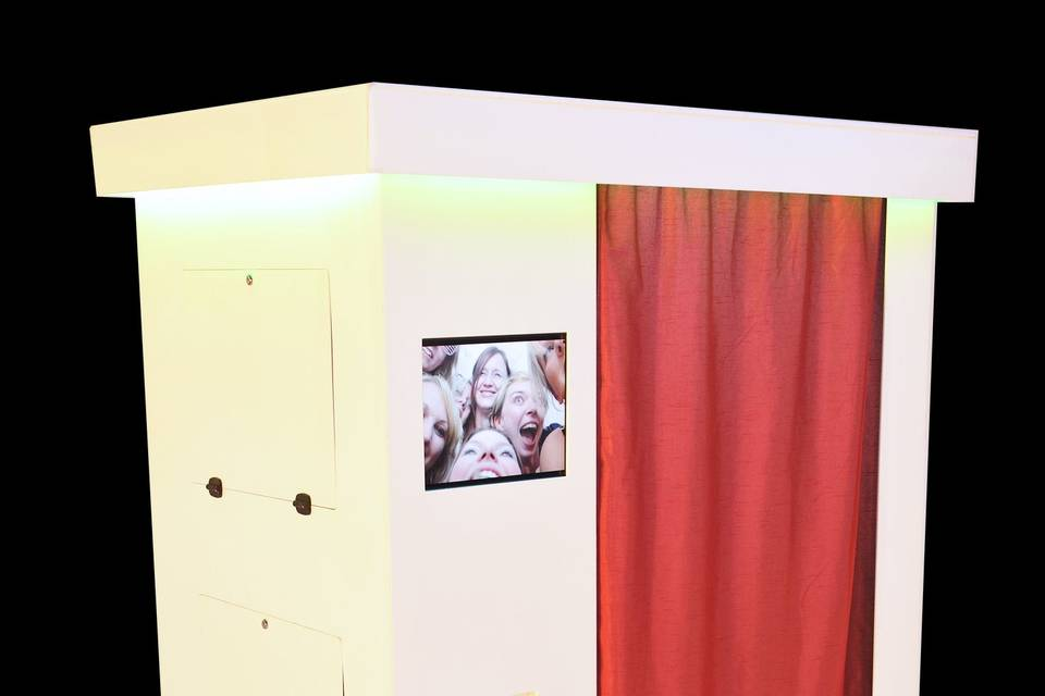 The Guestbooth