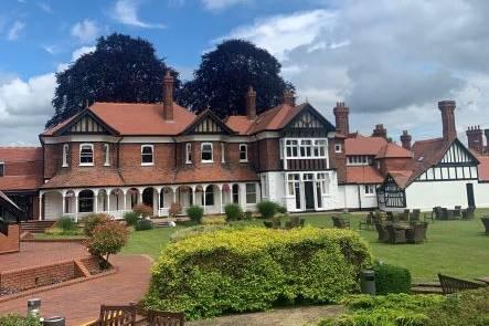 Moor Hall, Cookham