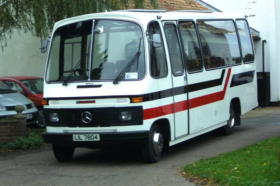 Retro coach 21 seats (1983)