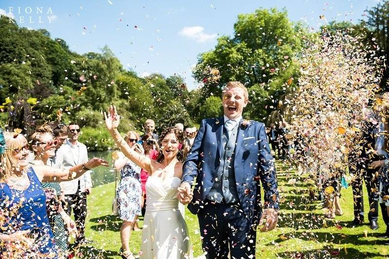 Canal Lake venue - Confetti line on the reception lawn - courtesy of Fiona Kelly Photography