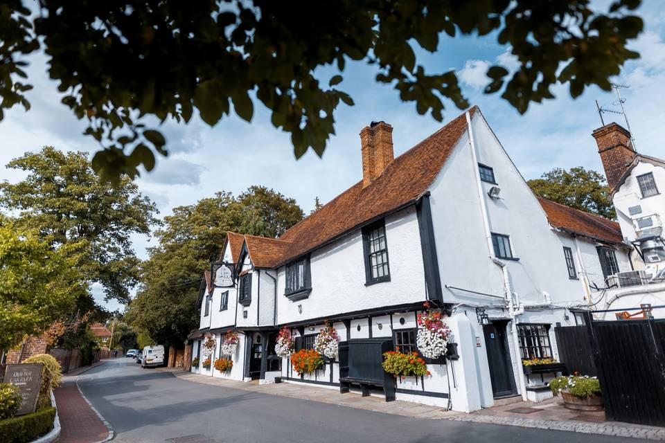 The Olde Bell