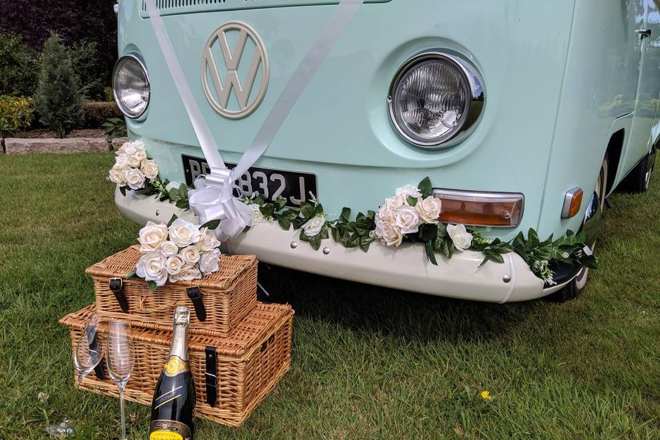 Minty the Wedding Bus