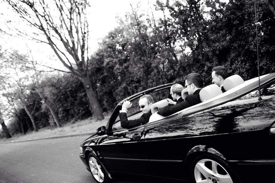 Driving to the venue - Steven Bailey Photography