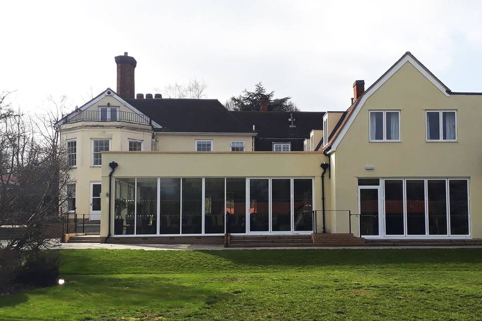 Priory Hotel & Garden Restaurant