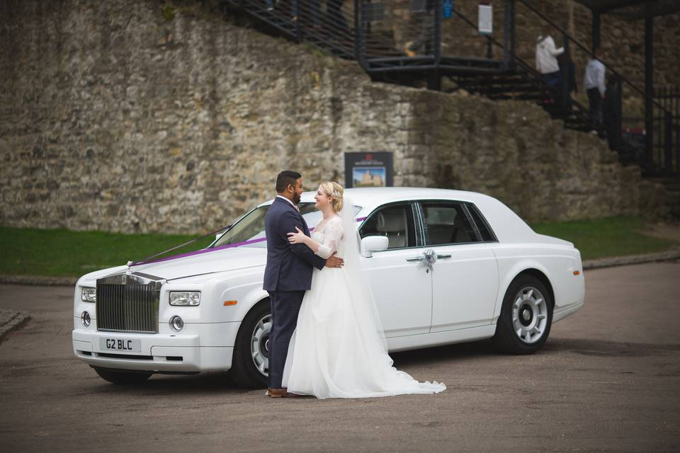 Newlyweds with car
