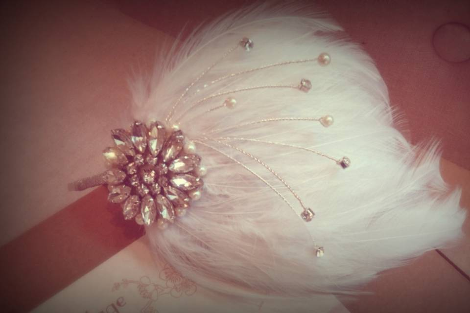 The starlight vintage feather