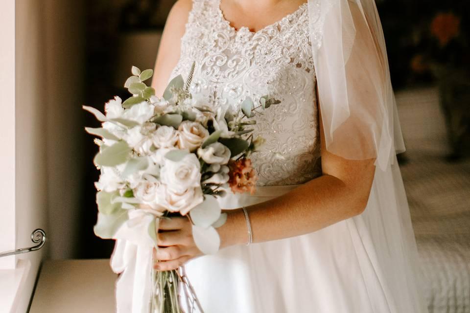 Bride preparing in the Hayloft