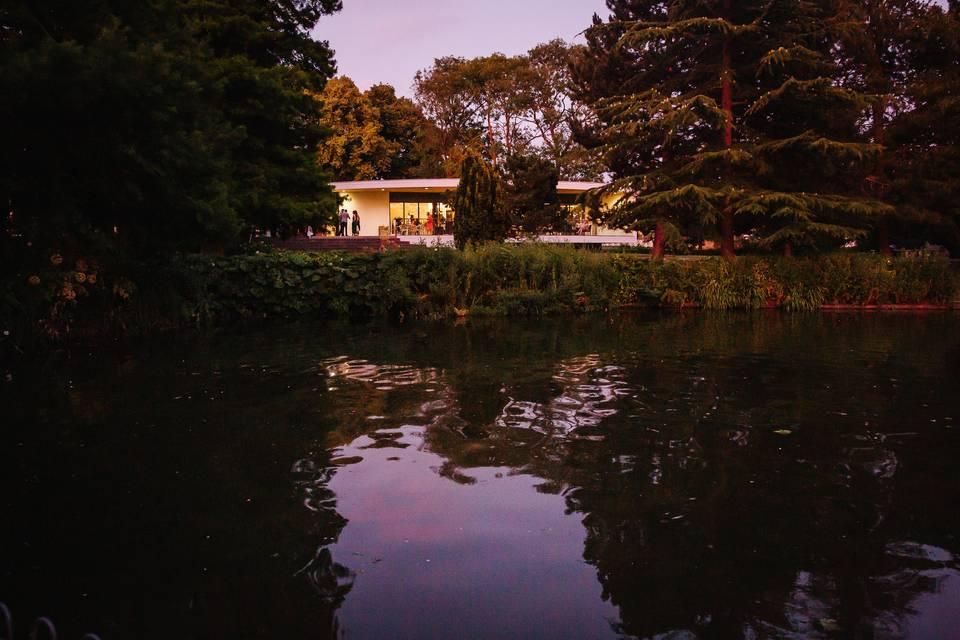 The Jephson Gardens Riverside Glasshouse